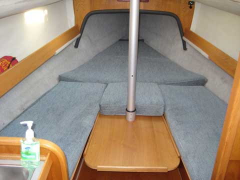 Beneteau First 235, 1989 sailboat