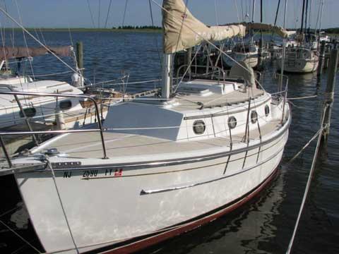 Com-Pac 27, 1994 sailboat