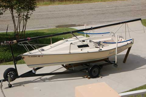 Holder 20, 1985, Rockport, Texas, sailboat for sale from Sailing Texas