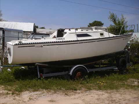 Hunter 22, 1981, Fort Walton Beach, Florida, sailboat for sale from Sailing ...