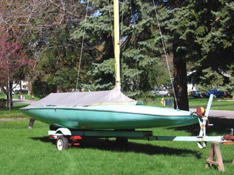 Melges M-20 Scow, 1968 sailboat