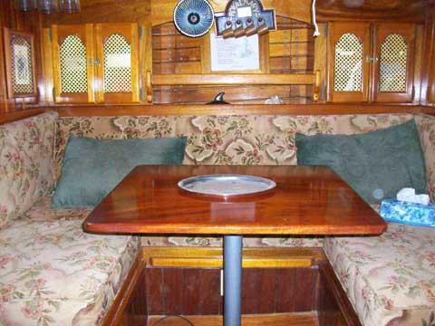 Samson 32, 1990 sailboat