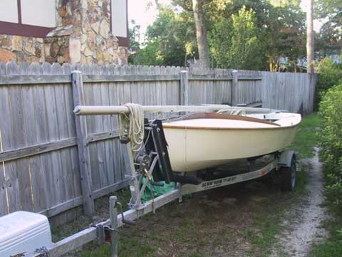 Snipe, 16 ft., mid 70s sailboat