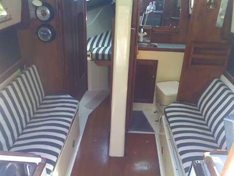 Stellar 30, 1986 sailboat