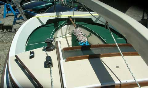 Alerion Express Cat 19 sailboat