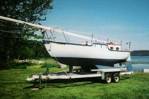 Aleutka 25 sailboat