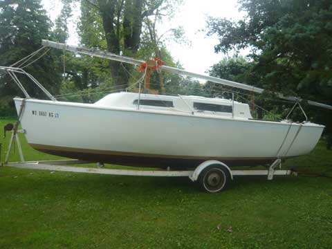 Aquarius 23 1971 sailboat