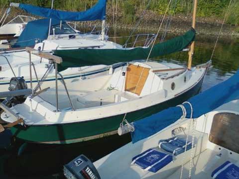 Bay Hen 21 sailboat