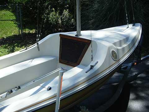 Bayliner Buccaneer 180 sailboat