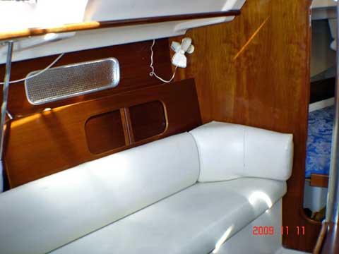 Beneteau 321, 1995 sailboat