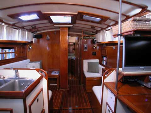 Brewer 42 yacht sailboat