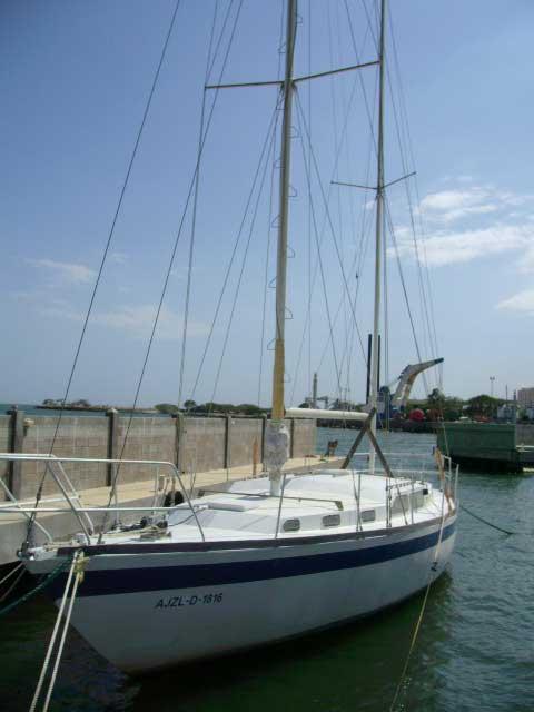 Bruce Roberts 43 sailboat