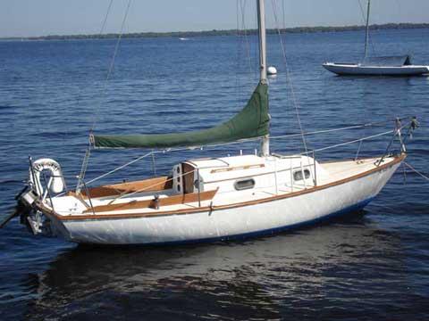 Cape Dory 22 Sailboat For Sale