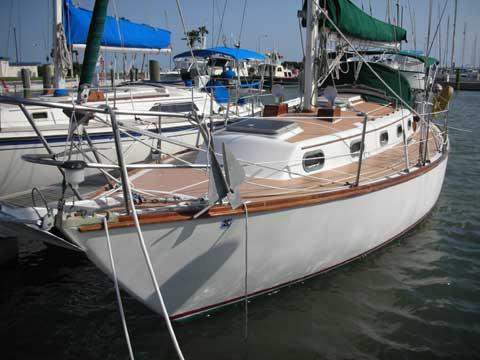 Cape Dory 33