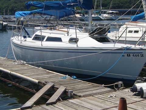 Catalina Capri 26, 1995 sailboat