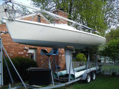 Carrera 280 sailboat