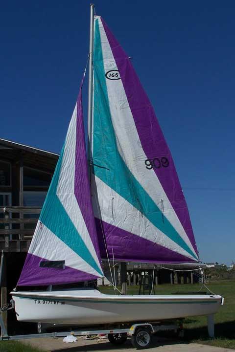 Catalina 165 sailboat