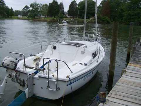 Catalina 22 MK II sailboat