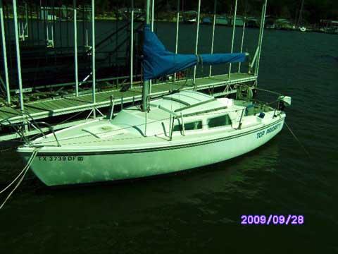Catalina 22, 1984 sailboat