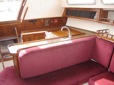 Catalina 30, 1976 sailboat