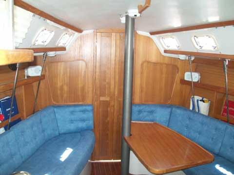 Catalina 320, 1997 sailboat
