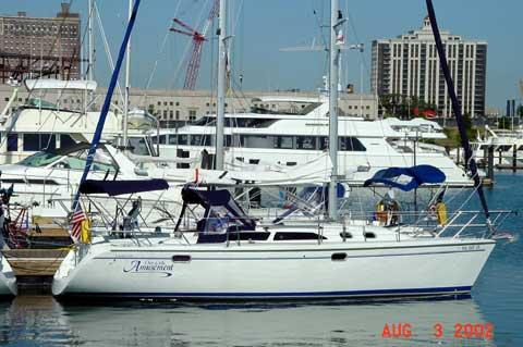 Catalina 320, 2000 sailboat