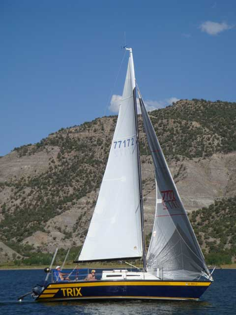 Choate 27 (CH 27) sailboat