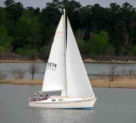 Chrysler 22 sailboat