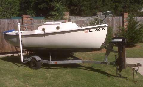 Compac 16, 1981 sailboat