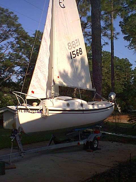 Com-Pac 16, 1981 sailboat