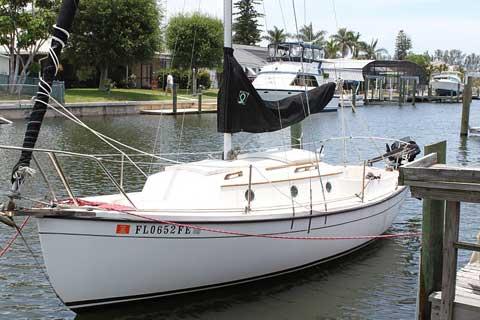 Com-Pac 23, 1984, Bradenton, Florida, $6,750 sailboat for sale