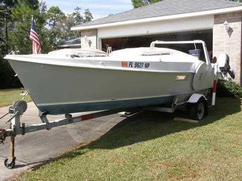 Edey & Duff Dovekie 21, 1981 sailboat