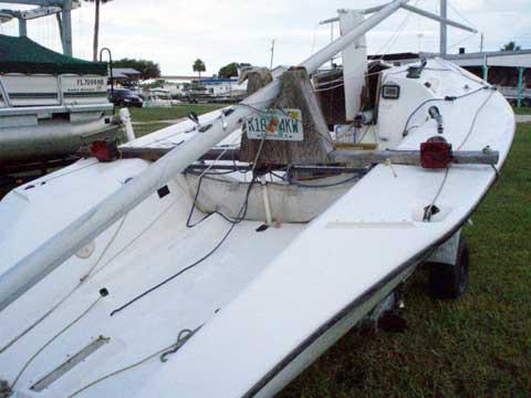 Henderson 21 sailboat
