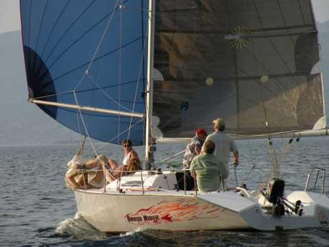 Henderson SR 27 sailboat