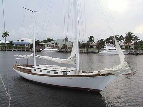 Herreshoff 38 sailboat