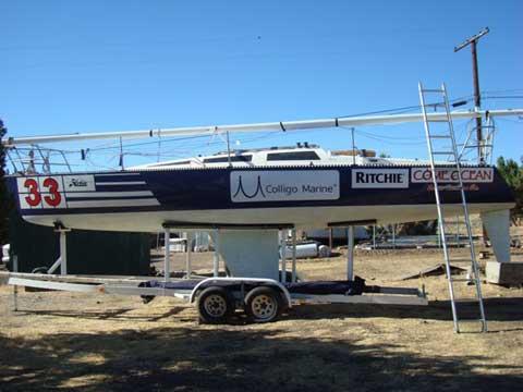 Hobie 33 racer/cruiser, 1984 sailboat