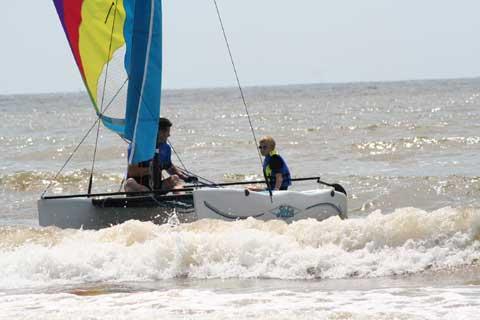 Hobie Wave, 13ft., 2004 sailboat