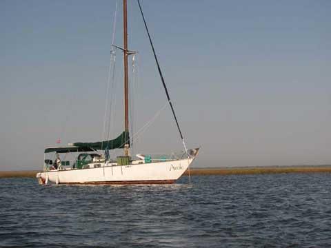 Hughes 38, Sloop MKI, 1968 sailboat