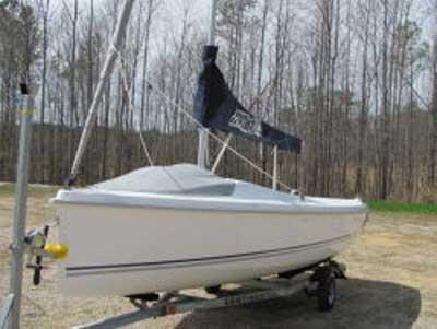 Hunter 18, 2011 sailboat