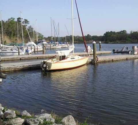 Hunter 22, 1985 sailboat
