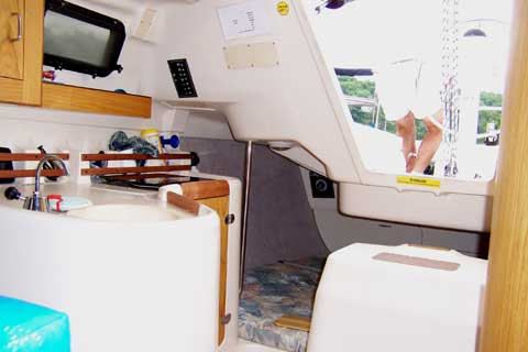 Hunter 270 sailboat