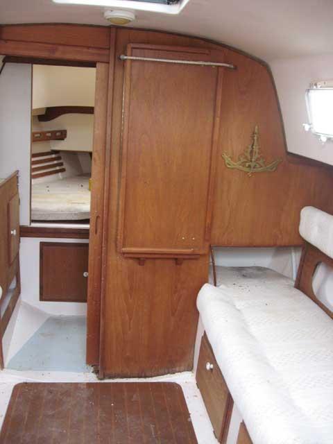 Hunter 27 sailboat