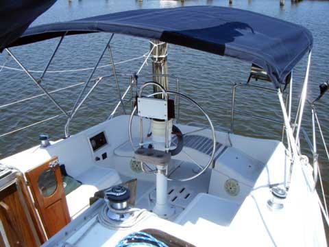 Hunter Vision 32 Sailboat For Sale