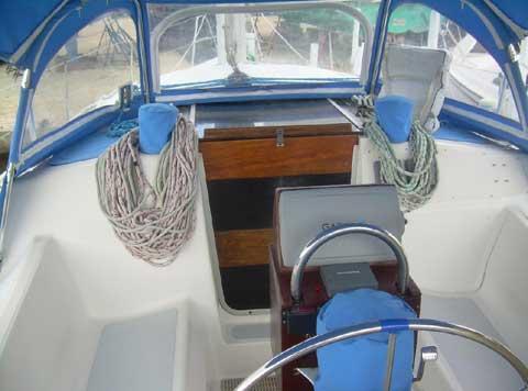 Hunter Vision 32, 1991 sailboat
