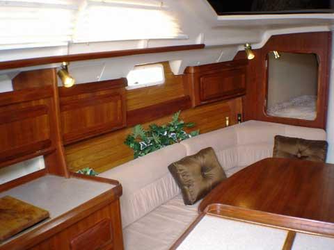 Hunter Vision 36, 1993 sailboat