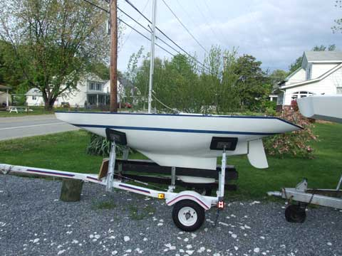 Illusion Mini 12, 1985 sailboat