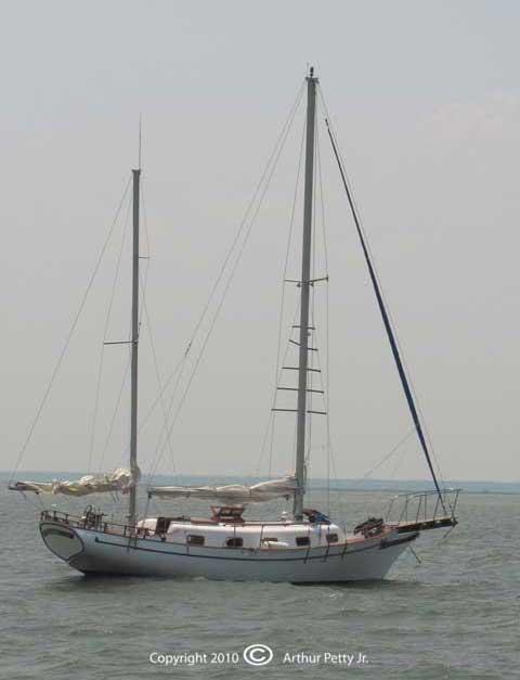 Island Trader sailboat VIDEO, click to start