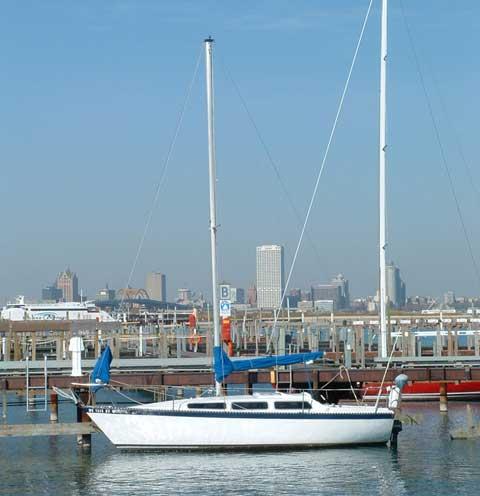 Lancer 28 sailboat