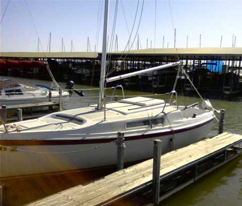 Macgregor 22 sailboat