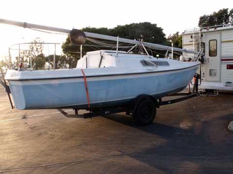 Macgregor 22, 1976 sailboat